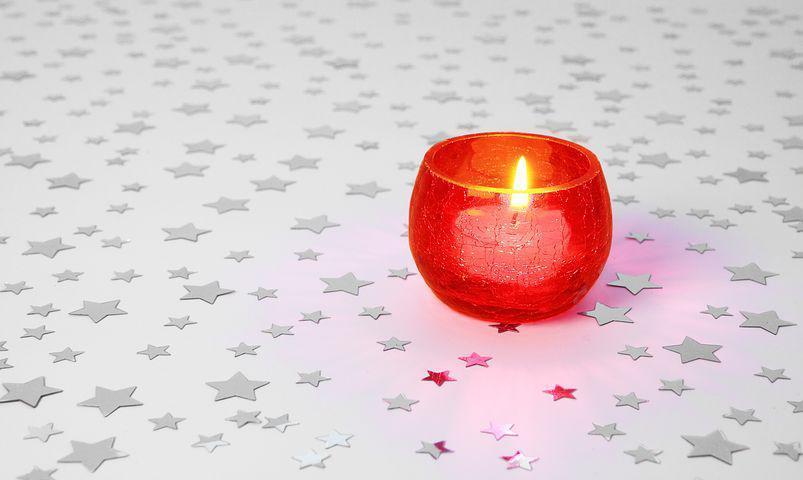شمع روشن کنید